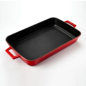 Litinový pekáč 22x30cm - červený od značky LAVA Metal