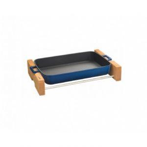 Litinový pekáč 22x30cm s dřevěným podstavcem - modrý od značky LAVA Metal